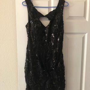 Dresses & Skirts - Black mini dress with sequins